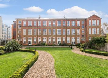 Thumbnail 1 bed flat to rent in Enfield Road, De Beauvoir Town