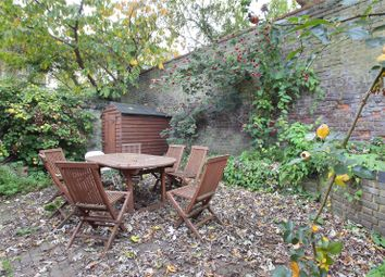 Thumbnail 2 bed flat for sale in Alma Road, Wandsworth, London