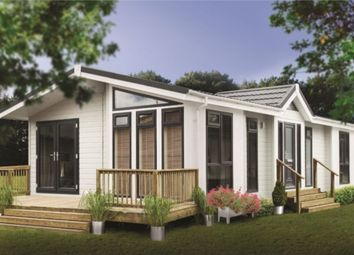 Thumbnail 2 bedroom mobile/park home for sale in Shirmart Park, Halsinger, Braunton, Devon