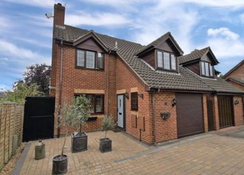 Thumbnail 4 bed detached house for sale in Davis Gardens, College Town, Sandhurst, Berkshire