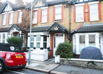 Thumbnail 1 bed flat to rent in Macdonald Avenue, Westcliff-On-Sea