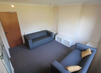 Thumbnail 3 bedroom flat to rent in Ramsay Crescent, Aberdeen