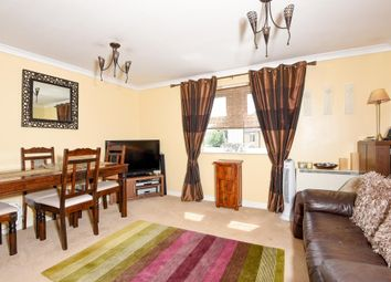 Thumbnail 1 bed flat for sale in Newbury, Berkshire