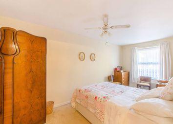 Thumbnail 2 bed property for sale in Mossington Gardens, Bermondsey, London SE162Dz
