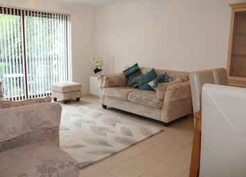 Thumbnail 2 bedroom flat to rent in Orchard Lodge, Woodside Grove