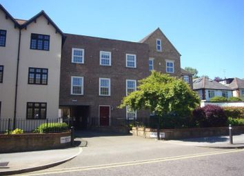Thumbnail 2 bedroom flat to rent in High Street, Berkhamsted