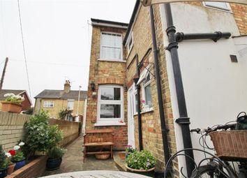 Thumbnail 2 bedroom flat to rent in Cobden Road, Sevenoaks