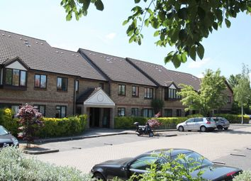 Thumbnail 2 bed flat to rent in Deanery Close, East Finchley