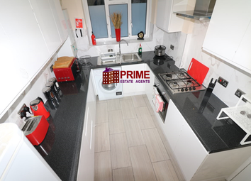Thumbnail 2 bed flat for sale in Cornwall Street, Shadwell
