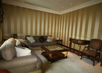 Thumbnail 4 bedroom flat to rent in Discovery Dock West, Canary Wharf