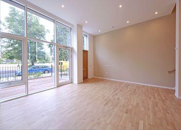 Grove Street, Deptford Landings, Deptford SE8. 2 bed flat