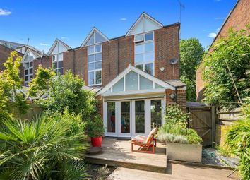 Thumbnail 4 bedroom property to rent in Ridings Close, London