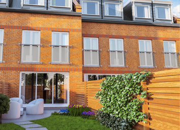 Thumbnail 5 bed town house for sale in Great Cambridge Gardens, Enfield EN1, London,