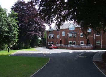Thumbnail 2 bed flat to rent in Kingsmills Road, Wrexham