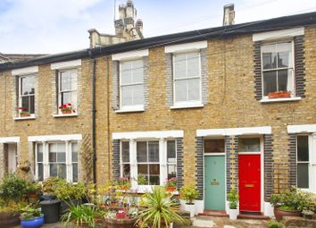 Thumbnail 2 bed property to rent in Gould Terrace, Hackney