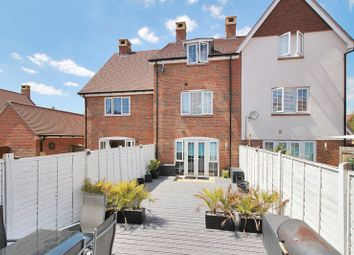 4 bed terraced house for sale in Beeches Way, Faygate, Horsham RH12