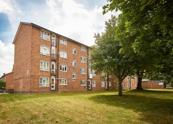 Thumbnail 1 bed flat for sale in Sandmere Road, Clapham