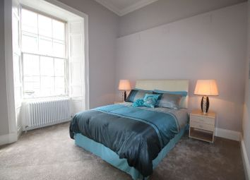 Thumbnail 1 bed flat to rent in York Place, Central, Edinburgh