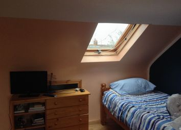 Thumbnail Studio to rent in Hall Road, Isleworth