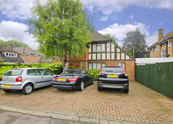 Thumbnail Detached house for sale in Willow Way, Radlett