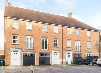 3 bed town house for sale in Rawlinson Road, Maidenbower, Crawley RH10