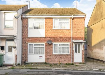 Thumbnail 2 bedroom flat for sale in Town Centre, Aylesbury