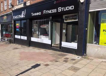 Thumbnail Retail premises to let in Onslow Parade, Hampden Way, London