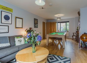 Thumbnail 2 bed flat for sale in Goldsmiths Row, London