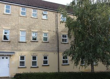 Thumbnail 2 bedroom flat to rent in Kingfisher Court, Calne