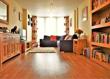 Thumbnail 2 bedroom flat for sale in Lynmouth Avenue, Chelmsford