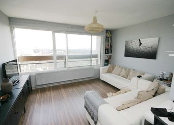 Thumbnail 1 bed flat to rent in Battersea Church Road, Battersea, London