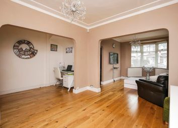 Thumbnail Property to rent in Princes Avenue, Palmers Green