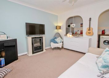 Thumbnail 1 bed property for sale in Robins Close, Cowley