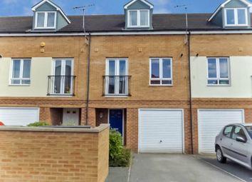 Room to rent in Jude Court, Bramley, Leeds LS13
