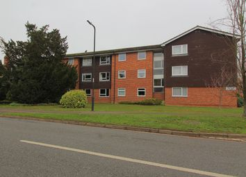 Thumbnail 2 bed flat to rent in In The Ray, Maidenhead