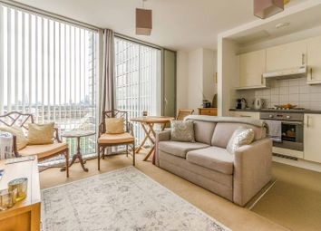 Thumbnail 1 bed flat for sale in Marsh Wall, Canary Wharf, London