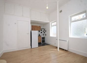 Thumbnail Studio to rent in Shrubland Road, Walthamstow, London