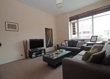 Thumbnail 2 bedroom flat to rent in High Road, East Finchley