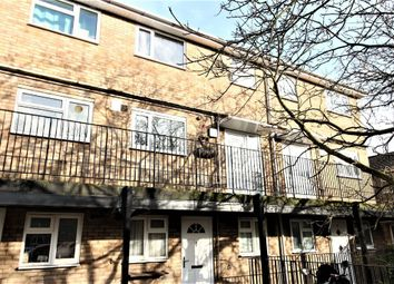 Thumbnail 2 bed flat to rent in Heather Way, Hemel Hempstead