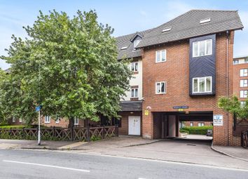 Thumbnail Flat to rent in Alexandra Road, Hemel Hempstead