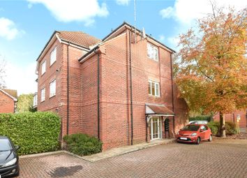 Thumbnail 2 bed flat to rent in Ashdene Gardens, Reading, Berkshire