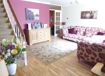 Thumbnail 3 bedroom terraced house for sale in Burges Close, Dunstable