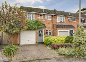 3 bed end terrace house for sale in Fieldhead Gardens, Bourne End SL8