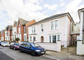 2 bed flat to rent in Cavendish Road, Southsea PO5