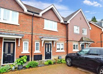 Alders Grove, Caterham, Surrey CR3. 2 bed mews house