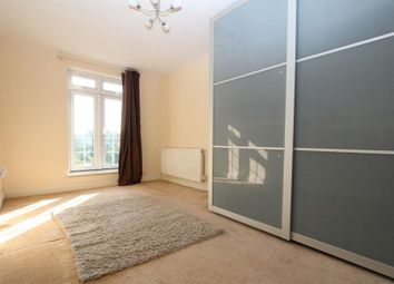 Thumbnail 3 bed shared accommodation to rent in Coppetts Road, London
