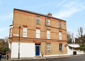 Thumbnail 1 bed flat to rent in Huddleston Road, London