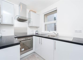2 bed maisonette for sale in London Terrace, Hackney Road, London E2