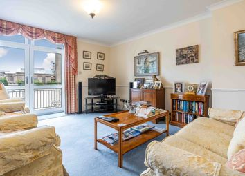 Thumbnail 2 bed flat for sale in Upper Thames St, London