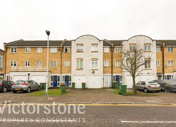 4 bed terraced house to rent in Grimsby Grove, Galleons Reach, London E16